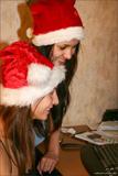 Vika - Kamilla - Merry Christmas70oe3bxdu7.jpg