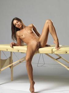[Image: th_585202750_Dominika_C_hegre_massage_ta..._414lo.jpg]