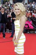 http://img182.imagevenue.com/loc539/th_04058_Emily_Osment_at_the_MuchMusic_Video_Awards1_122_539lo.jpg